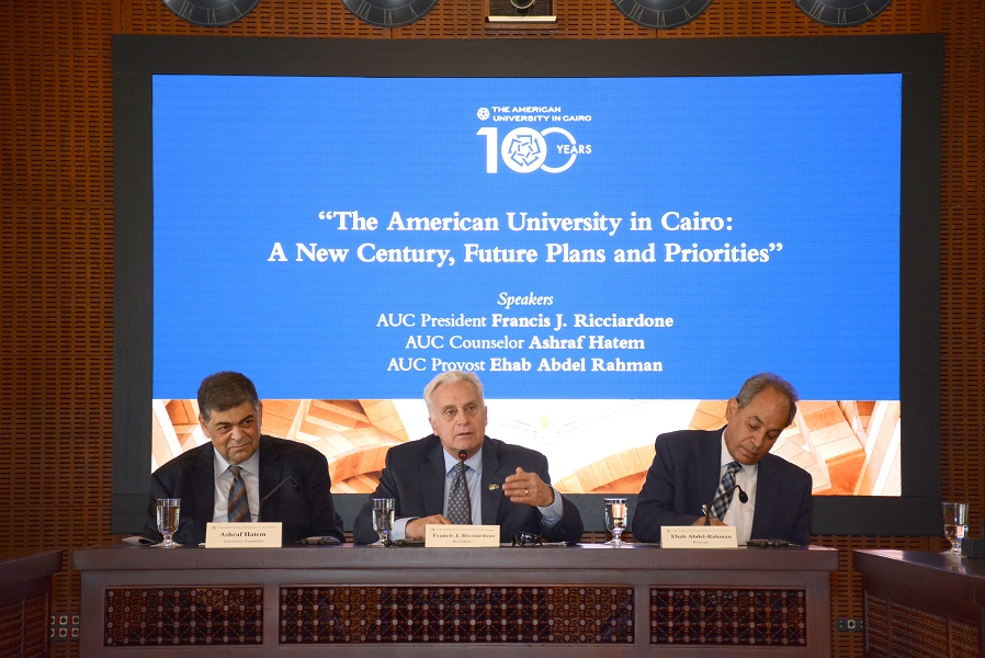 AUC Discusses Future Plans and Priorities  in a Media Roundtable Discussion